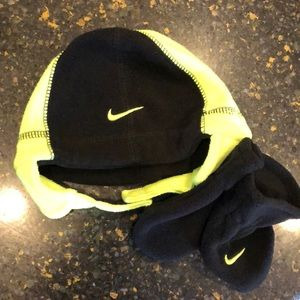 Never Used Infant Nike hat and mittens